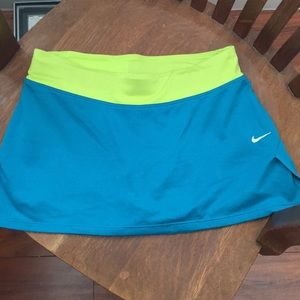 Nike Dry Fit skirt, Size XS